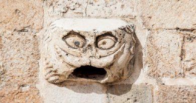 Η πέτρα Ντουμπρόβνικ που φέρνει ευτυχία και αγάπη