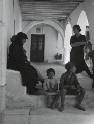 ΠΑΡΟΣ 1935-1936 ΦΩΤΟΓΡΑΦΙΑ Elisabeth Makovska